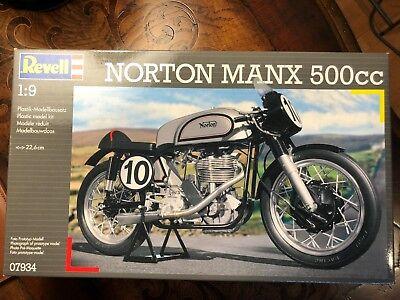 Revell 1/9 Norton Manx 500cc (MOD.07934)