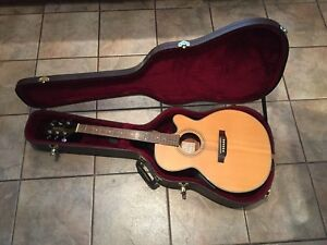 Guitar semi-acoustic Takamine G Series EG540SC