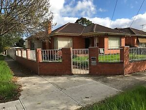 House with bungalow for rent opposite Ginifer station St Albans Brimbank Area Preview
