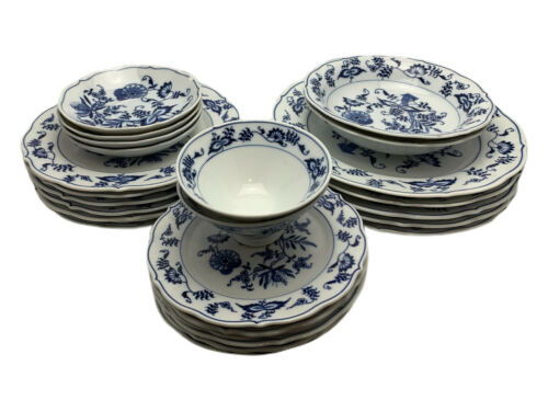 Blue Danube China Onion Pattern FIne Translucent Porceline Dinnerware - Japan