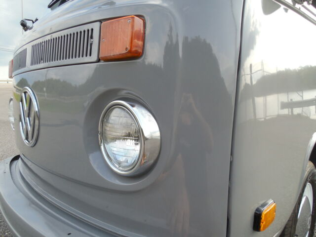 Volkswagen : Bus/Vanagon Westfalia 1973 Volkswagen Westfalia Camper Air Conditioning