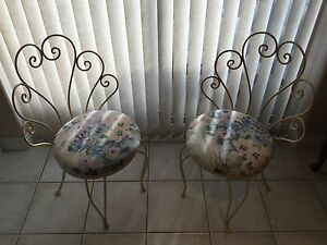 Cushioned metal patio chairs