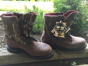 New Prospector leather w/proof boots size 11