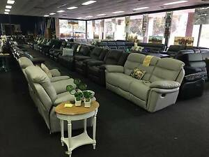 ✦ Wholesale Furniture & Decorator Warehouse Clearance✦