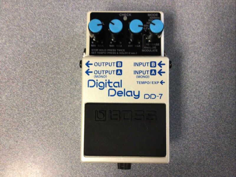 BOSS DIGITAL DELAY FX PEDAL DD-7