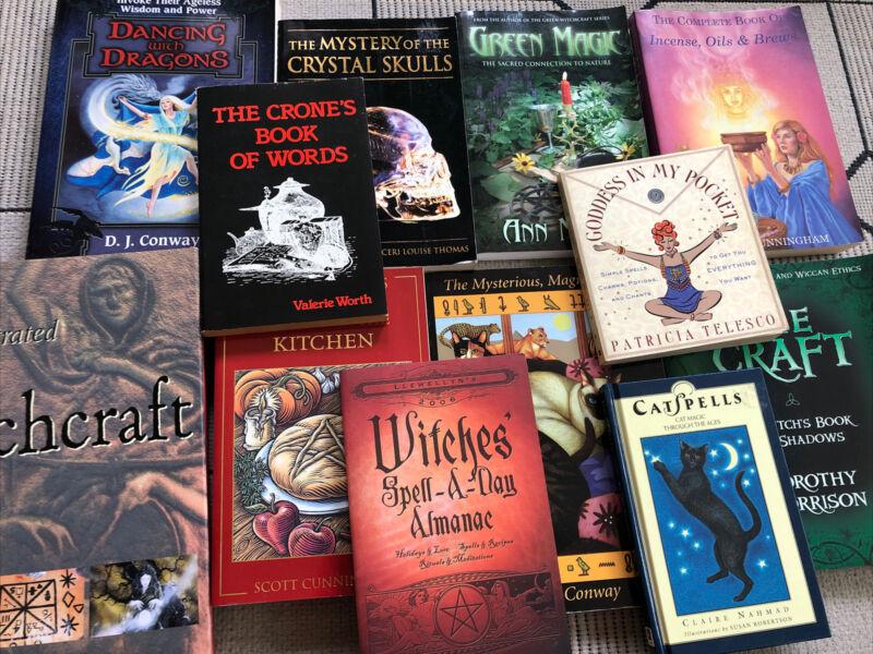 Witchcraft Wicca Magic 12 Book Lot
