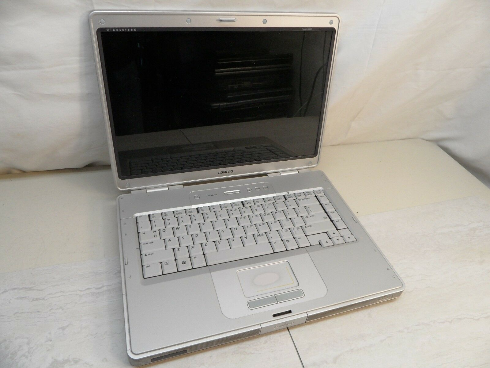 Compaq Presario C500 C552US Parts Laptop 1.6Ghz No Hard Drive Posted To Bios