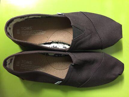 Tom's shoes for men