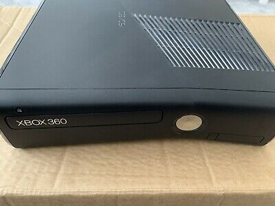 Microsoft Xbox 360 4GB (Working)