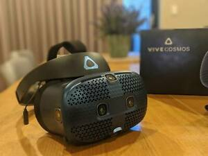 HTC Vive Cosmos PC Virtual Reality