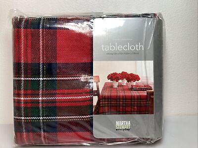 "Martha Stewart Everyday ""Classic Christmas"" Tablecloth. Oblong 52""x70"" New"