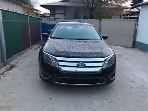 2012 Ford Fusion se 4 cylinder low km