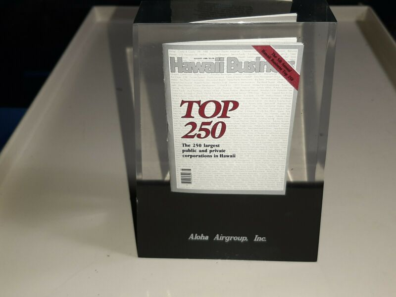 1 OF A KIND - ALOHA AIRLINES - HAWAII TOP 250 BUSINESS TABLE TOP AWARD HAWAIIAN