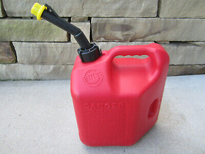 Blitz 2 Gallon 8oz Gas Fuel Can With Vented Fixed Spout 50810 Usa