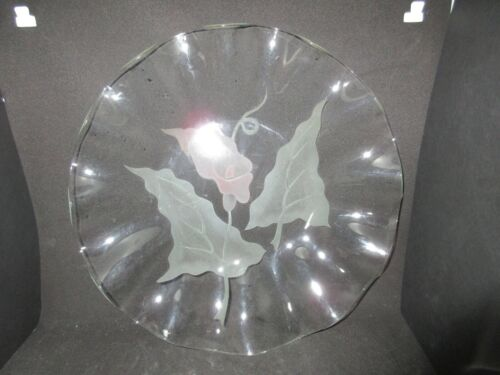 ANTIQUE ETCHED GREEN & PINK WATER LILY FLOWER GLASS PLATE RUFFLE EDGE