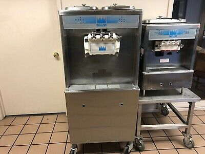 Taylor 754-33 Twin Twist Soft Serve Ice Cream Freezer