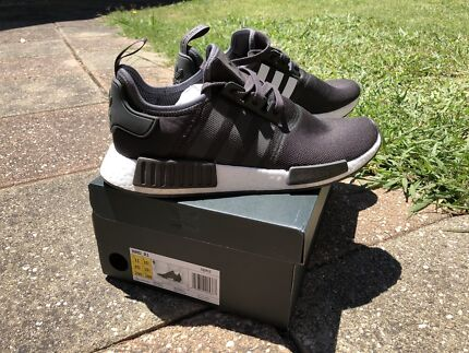 Adidas NMD R1 Originals Charcoal