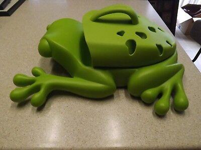 BOON Green Frog Pod Bath Tub Pool Toy Scoop Drain & Storage Holder Toy Caddy
