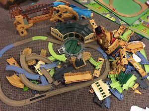 Thomas trackmaster tracks