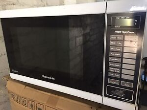Microwave NNST 641W Panasonic Ferntree Gully Knox Area Preview