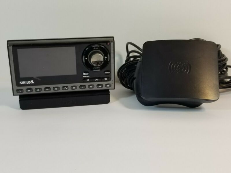SIRIUS XM SP5 Sportster 5 SATELLITE RADIO W/ Dock & ANT -  Possible Subscription