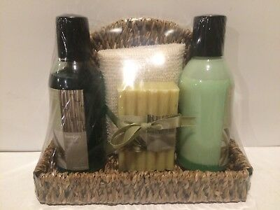 Aromanice Herbal Infusion Spa Bamboo, Shower Gel Body Lotion,  Soap And Sponge - Gel Herbal Body Lotion