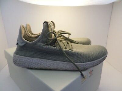 Green Clay Tennis (Adidas PW Tennis HU J size 6.5M 7.5W pale olive clay green in box PHARRELL)