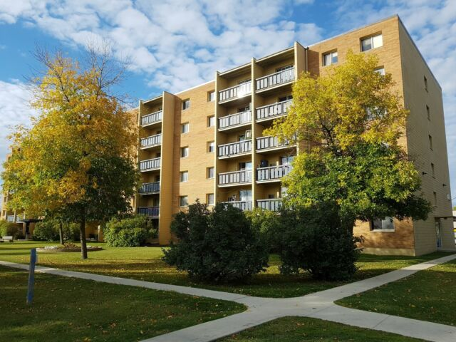 Two-Bedroom Suites for Rent in Quiet East Kildonan | Long ...