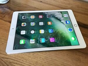 "IPad Pro 9.7"" 32gb Wifi & Cellular Gold Exc Condition Marangaroo Wanneroo Area Preview"