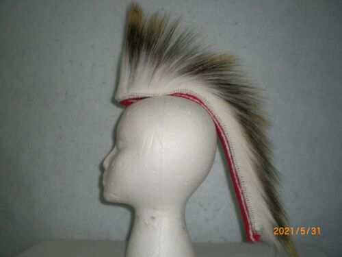 Porcupine Roach, White, 15 inch in/ out, Red with White Stripes Yarn Base