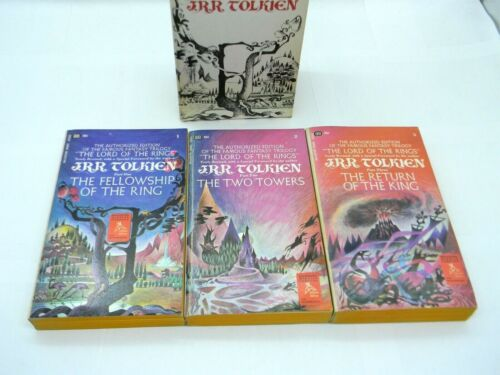 Tolkien LORD OF THE RINGS Boxed Set 1966 Remington Triptych Covers