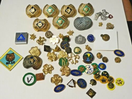 VINTAGE BOY SCOUTS, GIRL SCOUTS AND CUB SCOUTS PINS AND OTHER ITEMS