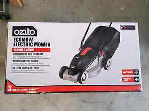 Ozito electric lawn mower Campbelltown Campbelltown Area Preview