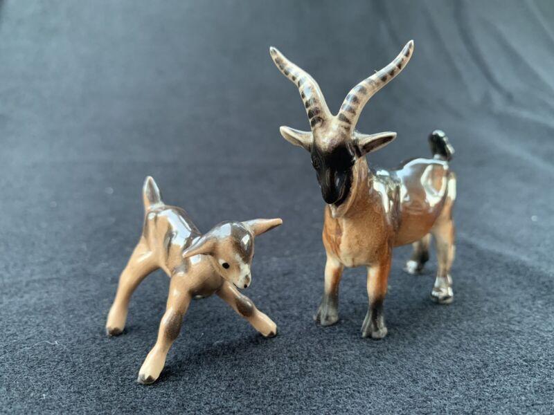 Vintage Ceramic Mini Hagen-Renaker Papa Billy Goat w Striped Horns and baby Kid