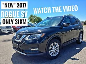 2017 Nissan Rogue SV Rearview Camera & Bluetooth  FREE Delivery