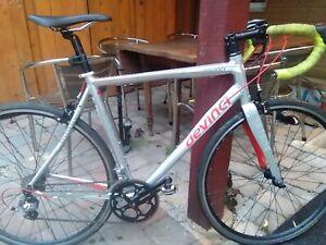 Road bike vélo de route Devinci