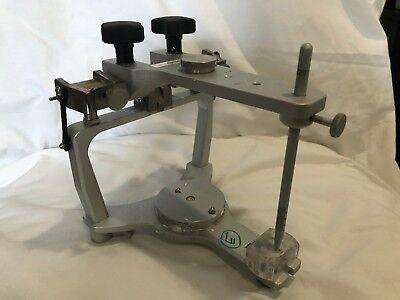Whip Mix Articulator Model 2240
