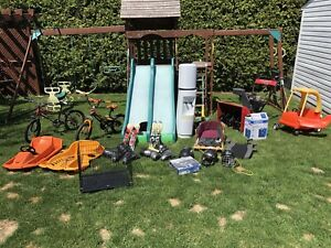 Vente de garage !! Garage sale!! via Kijiji