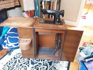 Singer Sewing Machine Treadle 201K Coburg Moreland Area Preview