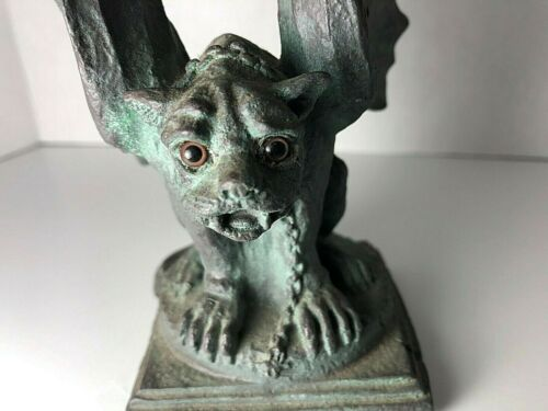 Rare Universal collectible 1994 GLASS Eyed Gargoyle. All authentic . SEE PHOTOS