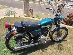 Honda CB 100 Motorbike Eight Mile Plains Brisbane South West Preview