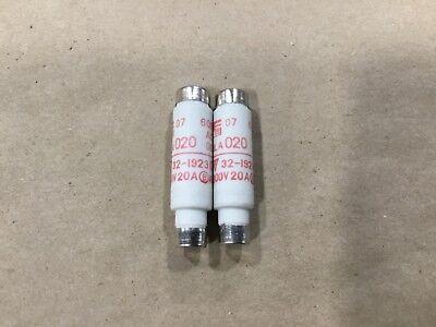 Lot Of 2 Fuji Electric Bottle Fuses Fuse 20a 32-1923 12c34tk
