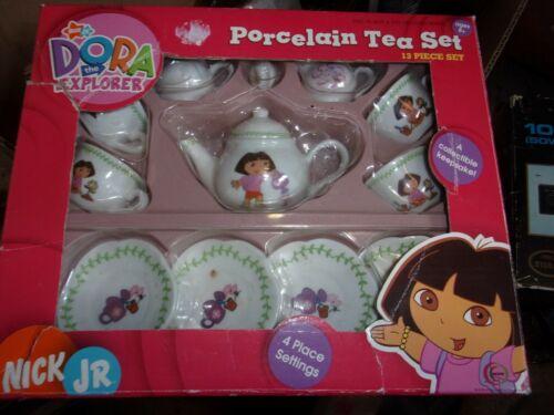 Nick Jr. Dora the Explorer 13 Piece Porcelain Collectible Tea Set. 2005 NEW