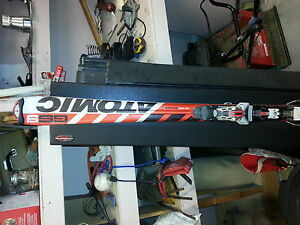 Atomic 170  cm down hill skis