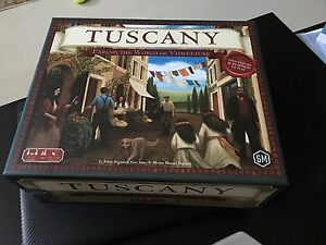Selling Tuscany :expand the world of Viticulture (OOP)