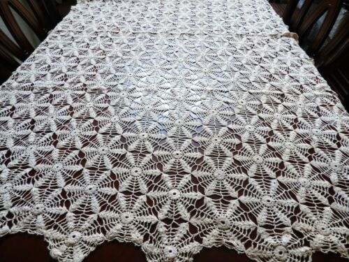 "VTG Handmade Crochet Beige Lace Tablecloth 52"" x 72"" Flower Web"