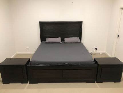 King size bed  with bed side tables and tallboy