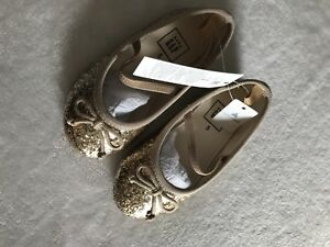 Girls Shoes BNWT Baby/Toddler size 5