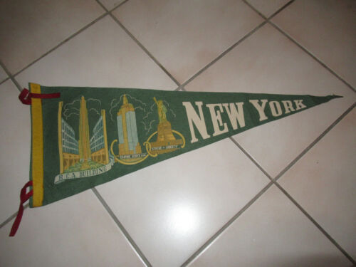 VINTAGE NEW YORK TRAVEL SOUVENIR PENNANT FLAG