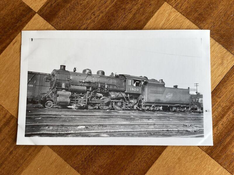 Chicago North Western Railroad Steam Engine Locomotive 1820 Vintage Photo C&NW